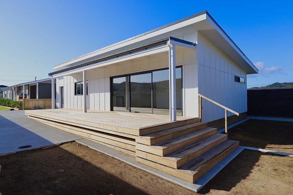 House – Martyn Rd deck